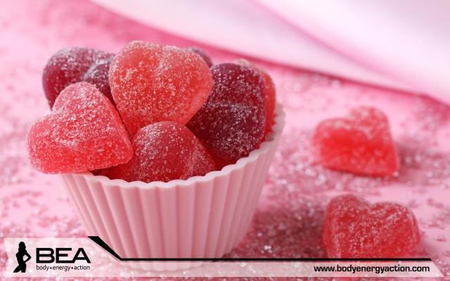 Red-marmalade-sugar-heart-shaped-candy-food-sweet-dessert_2560x1600